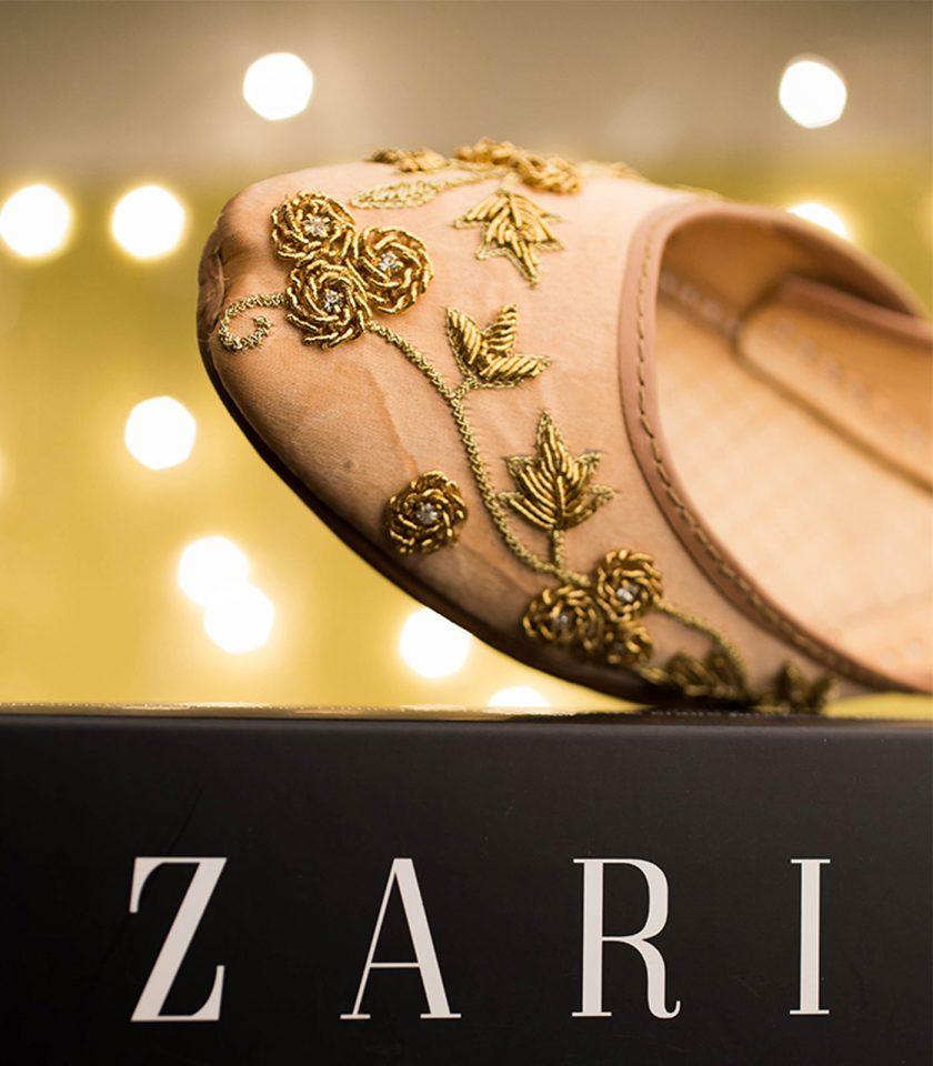 Zardosi Zari Khussa